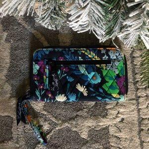 Vera bradley colorful floral full zip wallet
